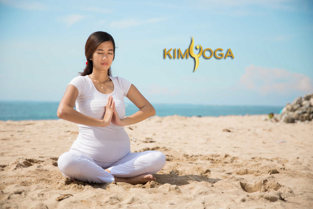Đào tạo HLV Yoga Bầu